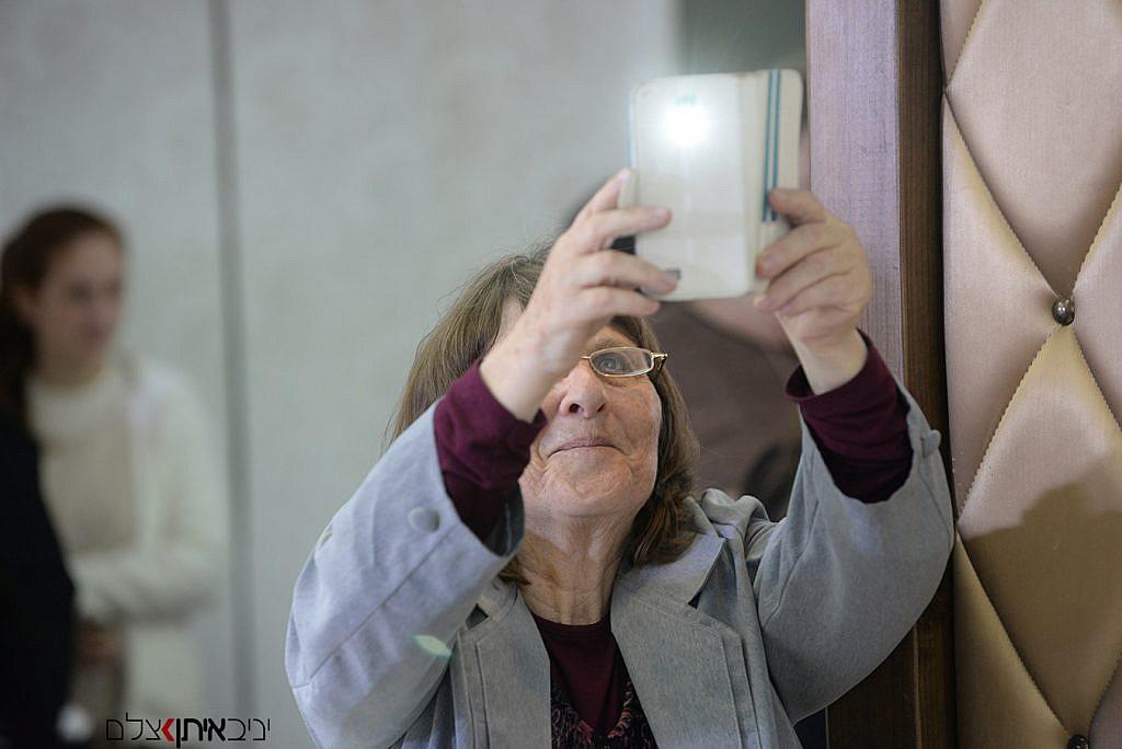 צלם לבריתות למגזר החרדי והדתי - תיעוד מיוחד של הסבתא באירוע