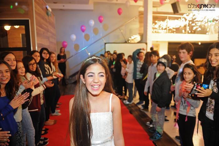 צילום בת מצווה מקצועי במועדון בתל אביב