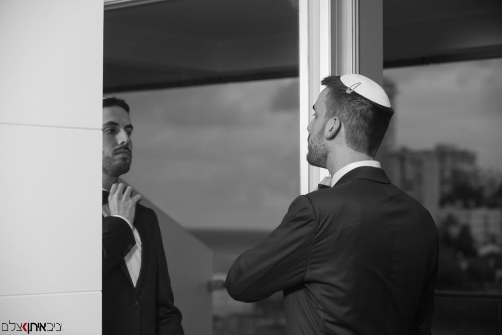 סידורים אחרונים של החתן לפני החתונה