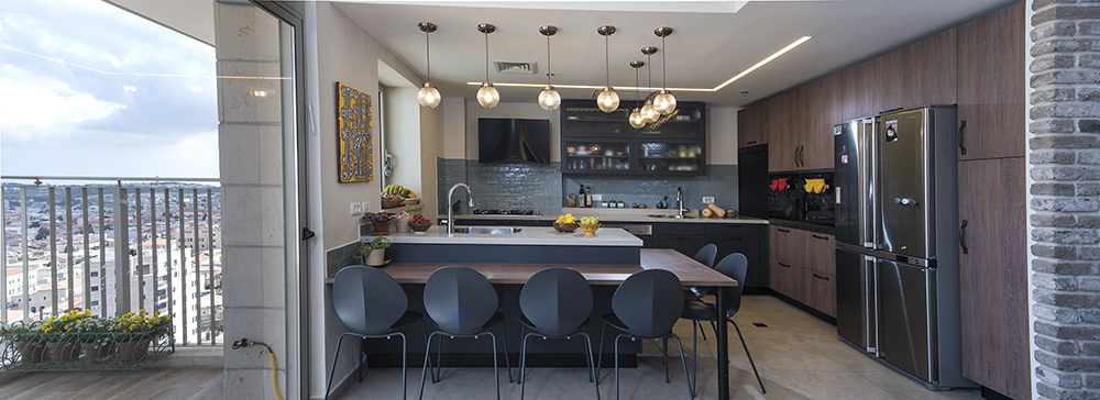 נוף ירושלמי הנשקף מהמטבח