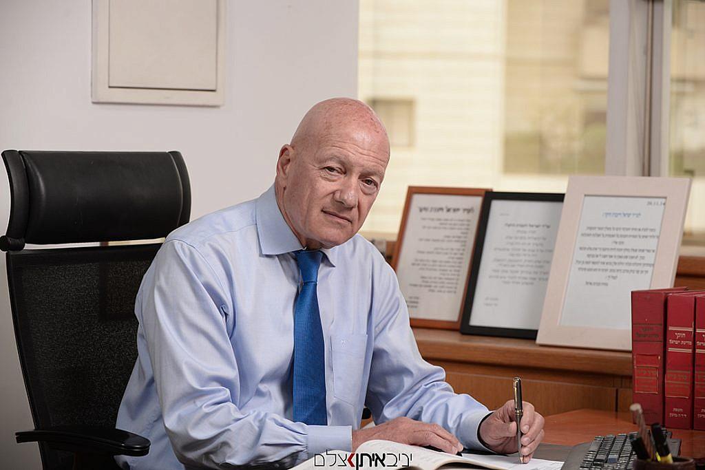 צילום פורטרט עסקי לקטלוג תדמיתי של מנהלי החברה - צלם פורטרטים לעסקים