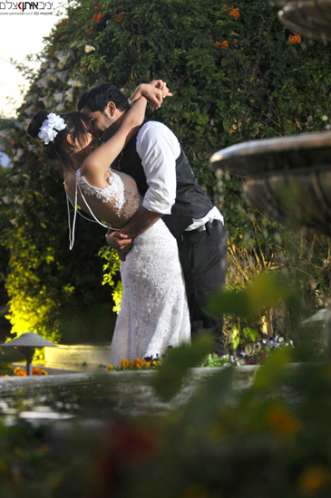 צלם אירועים וחתונות במרכז,לתיעוד מושלם ומרגש.מזל טוב !