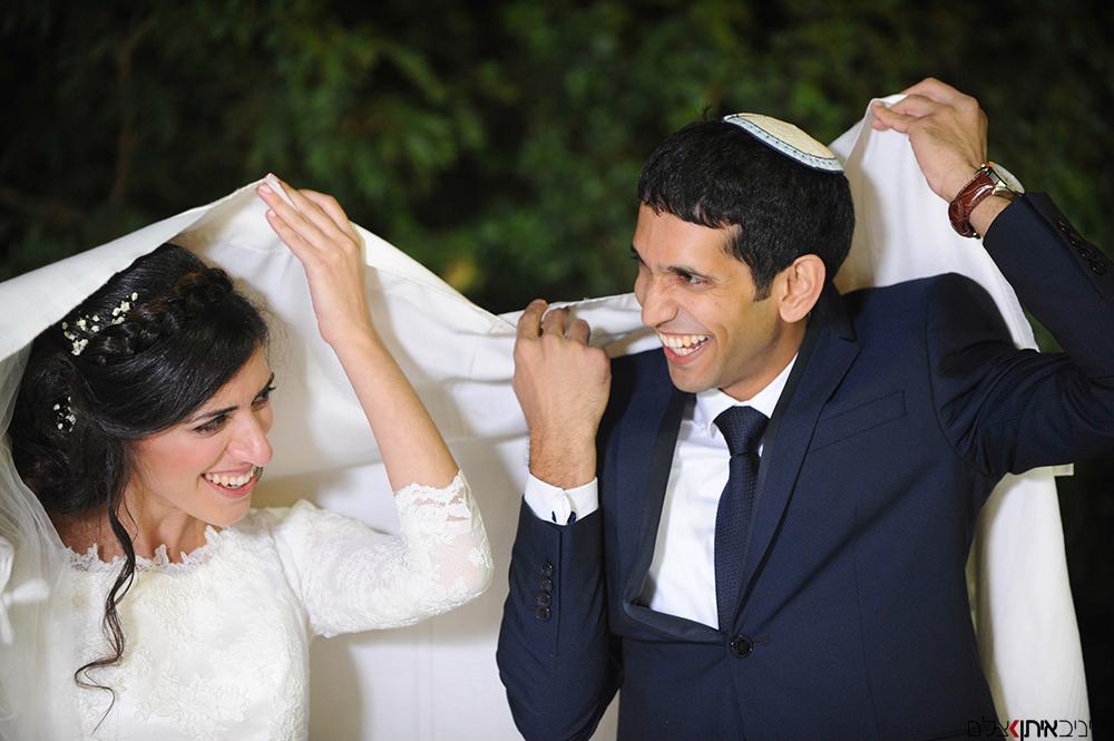צילום חתונות דתיות בדגש על תפיסת הרגעים השמחים