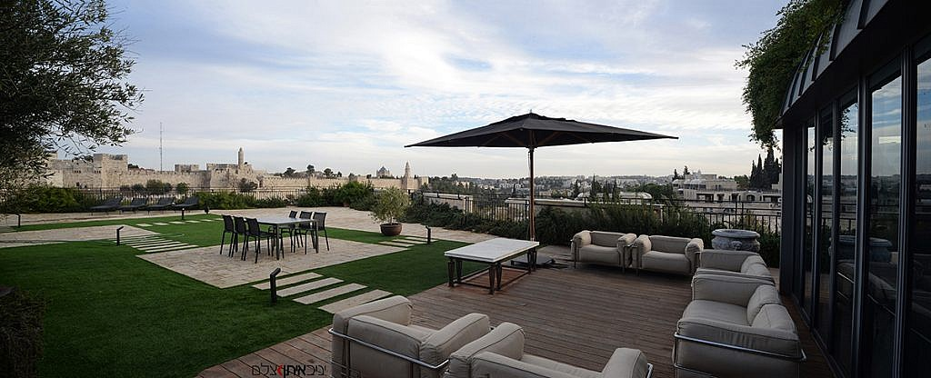צילום מקצועי של בית למכירה בקניון ממילא בירושלים