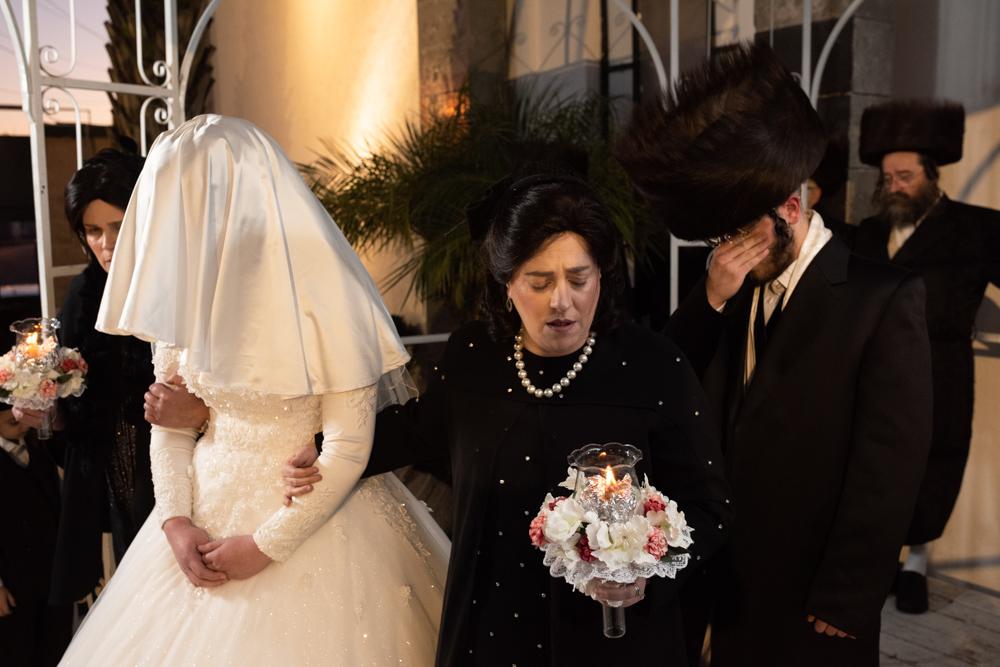 סיבובי ההקפות של הכלה והאמהות סביב החתן הנרגש