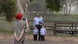 סלפי משפחתי בתל אביב על גדות הירקון